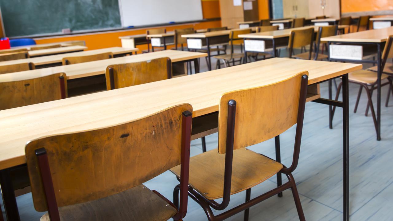 Uczniowie poszli na spotkanie o konstytucji. Dyrektorka zawieszona, ma stanąć przed komisją dyscyplinarną