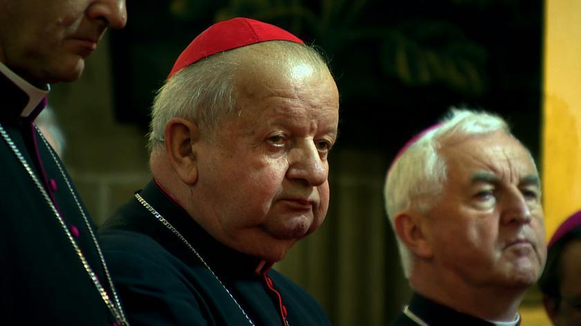 Fragment rozmowy kardynała Stanisława Dziwisza z dziennikarzem Marcinem Gutowskim