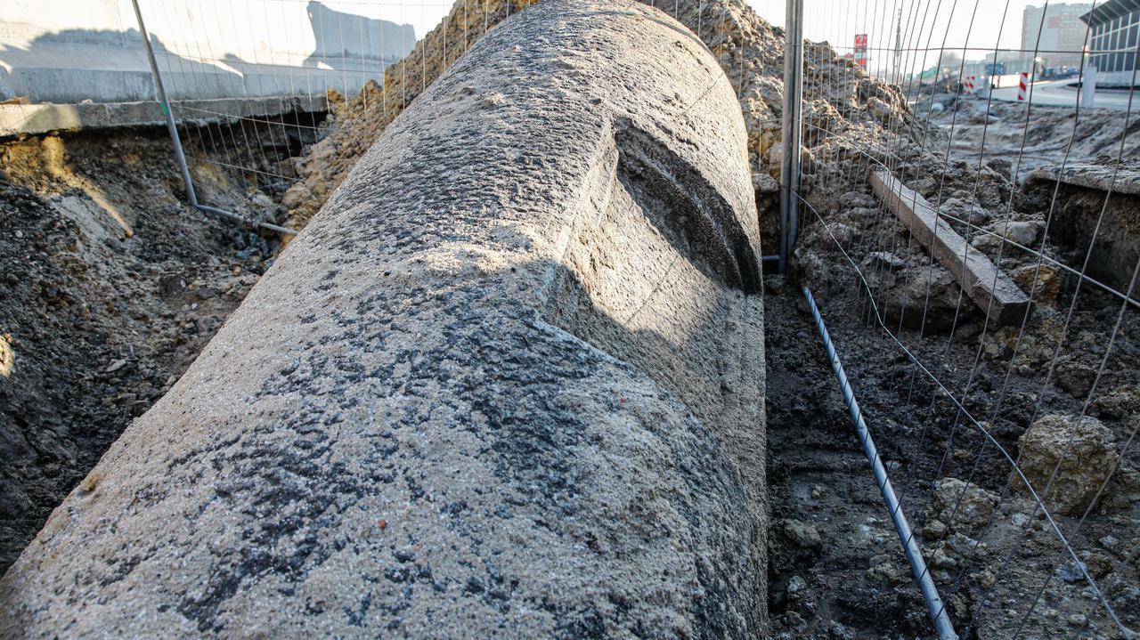 Po 76 latach odnaleziono pomnik Bismarcka. Odkopano go na budowie w Opolu