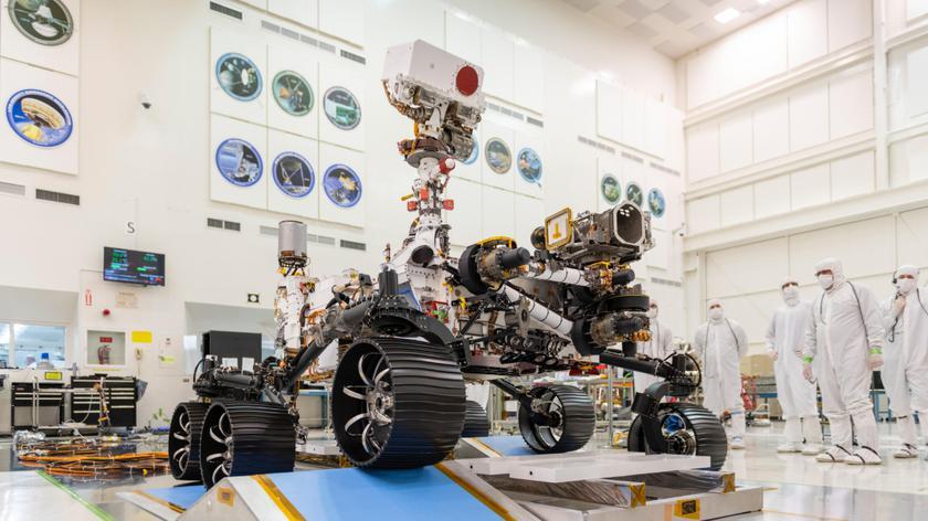 Wójcicki: tym razem NASA skupi się na poszukiwaniu śladów mikro-życia na Marsie