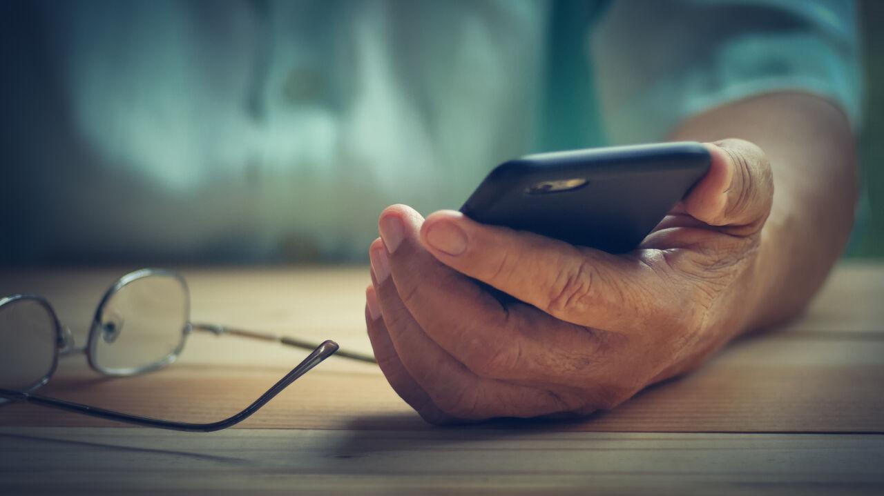 Droższe połączenia i SMS-y do Wielkiej Brytanii. Szykują się zmiany w cennikach