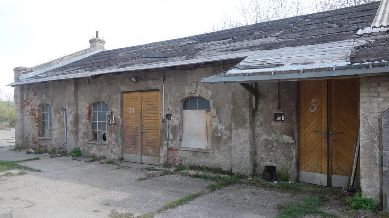 Pofabryczne budynki trafiły do rejestru zabytków, ma je to ocalić przed rozbiórką