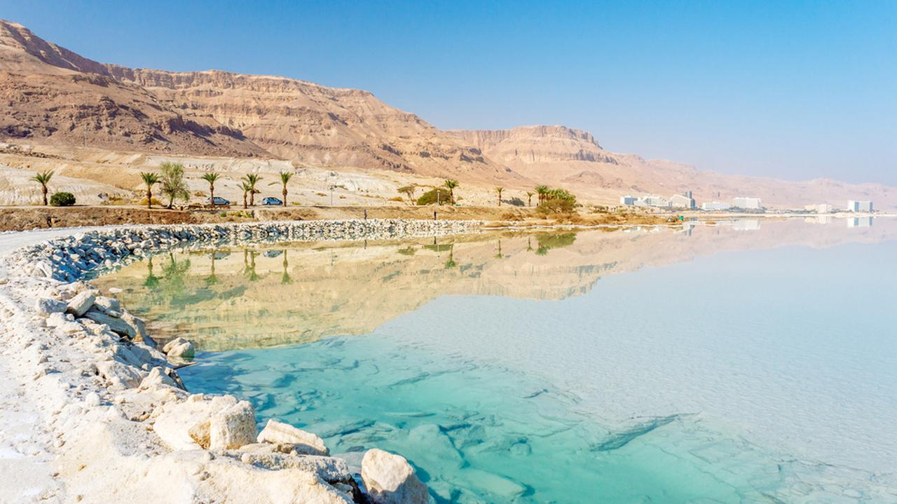 Izraelotwiera się na zaszczepionych turystów