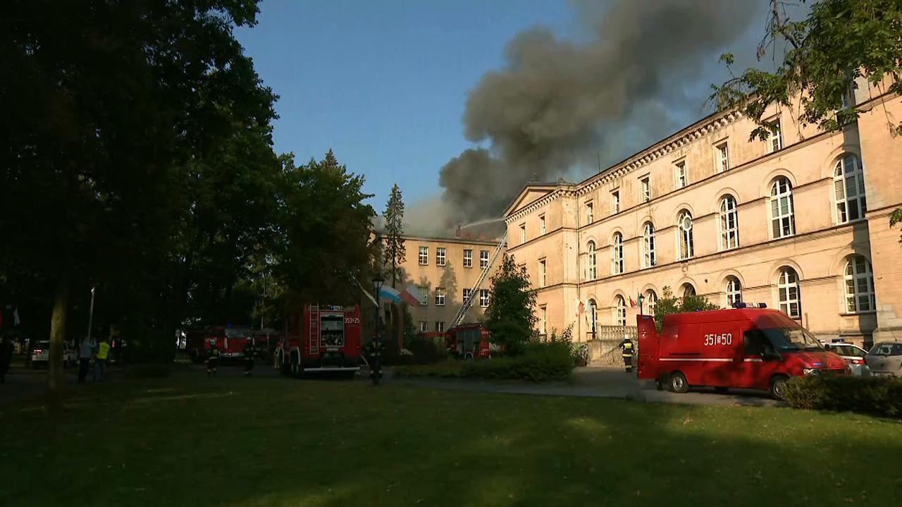 Budynek spalony, 250 uczniów nie poszło do szkoły. Dyrekcja o możliwym terminie powrotu