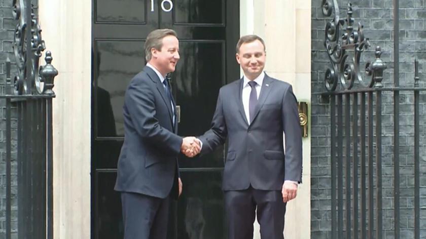 Andrzej Duda powitany przez Davida Camerona
