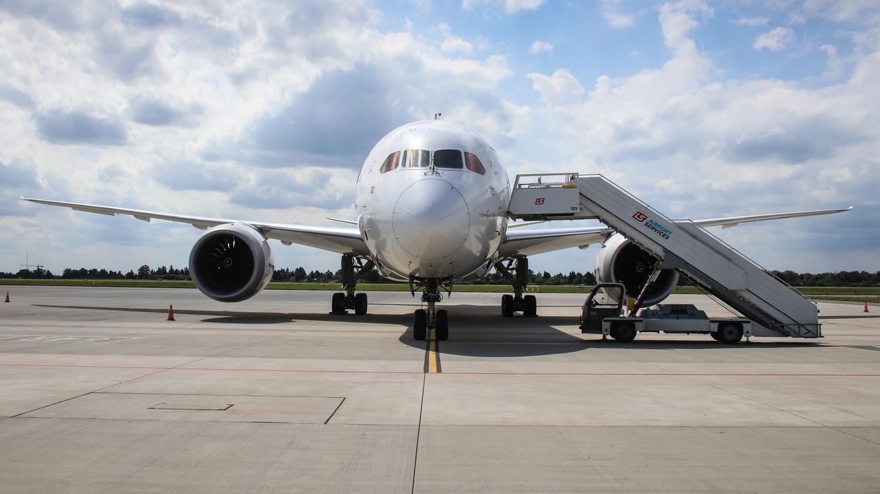 29 krajów z zakazem lotów do Polski. Jest decyzja rządu