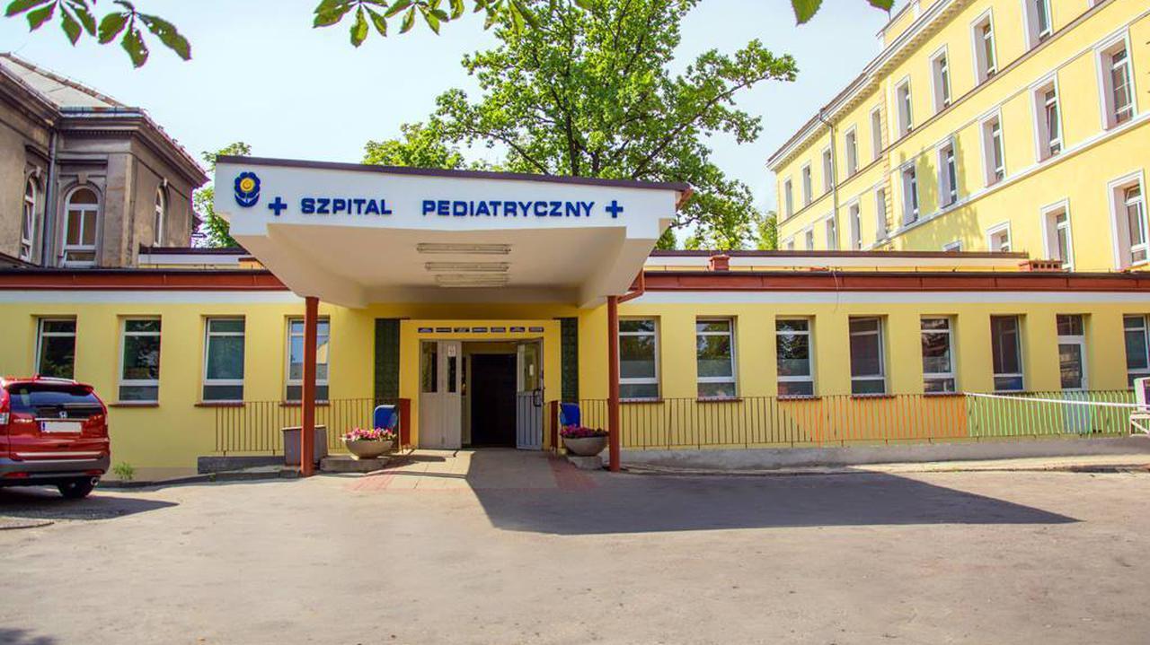 Dwa oddziały szpitala pediatrycznego zamknięte, bo trzy pielęgniarki mają koronawirusa