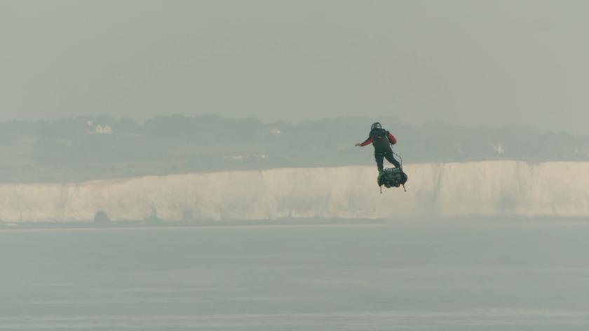 Lot nad kanałem La Manche oczami Franky'ego Zapaty