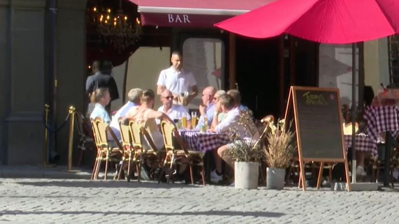 """<a href=""""https://tvn24.pl/swiat/koronawirus-w-europie-epidemia-wyhamowuje-w-szwecji-w-danii-i-norwegii-wzrasta-liczba-zakazen-4687044?source=rss"""">W Szwecji epidemia wyhamowuje, w Danii i Norwegii wzrosła liczba zakażeń</a> thumbnail  7 objawów wskazujących, że mogłeś mieć COVID-19 – nie zdając sobie z tego sprawy LANDSCAPE 1280"""