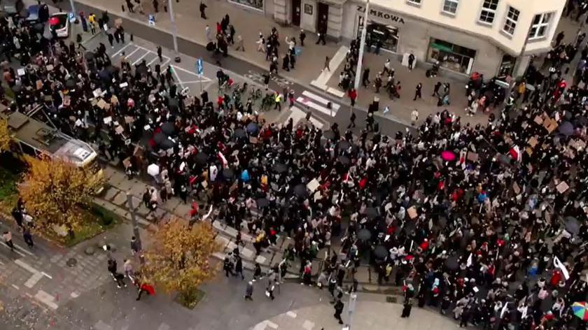 Czarnek oskarża rektorów o zwiększanie zagrożenia pandemią