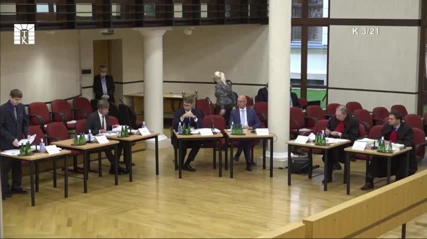 Marek Szydło, przewodniczący Rady Legislacyjnej przy Prezesie Rady Ministrów, przedstawia wniosek premiera do TK