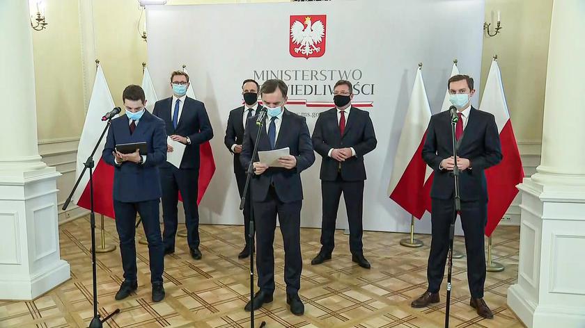 Ziobro: Polska powinna użyć weta