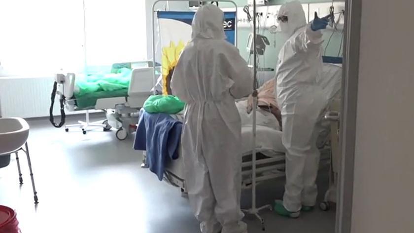 Niezaszczepieni trafiają do szpitali