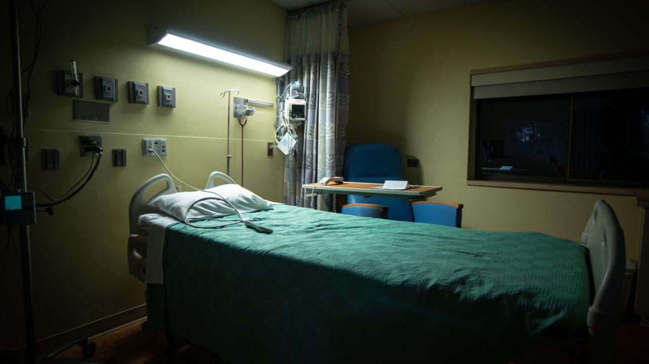 Jak epidemia wpłynęła na statystyki zgonów w Polsce? Sprawdzamy