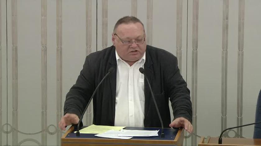 Czerwiński podczas senackiej debaty nad uchwałą