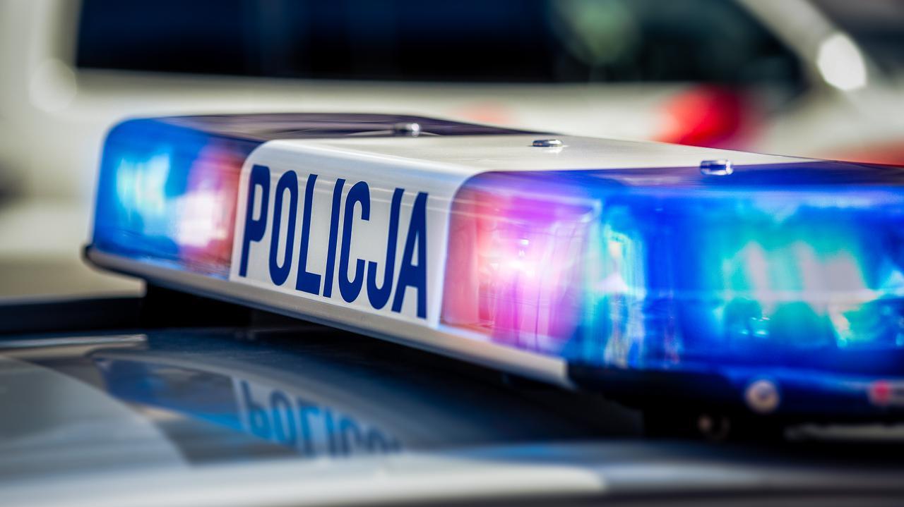 Policjant ugodzony nożem podczas interwencji