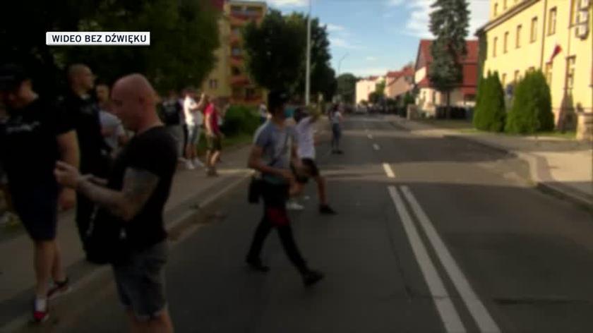 Protest przed komendą w Lubinie