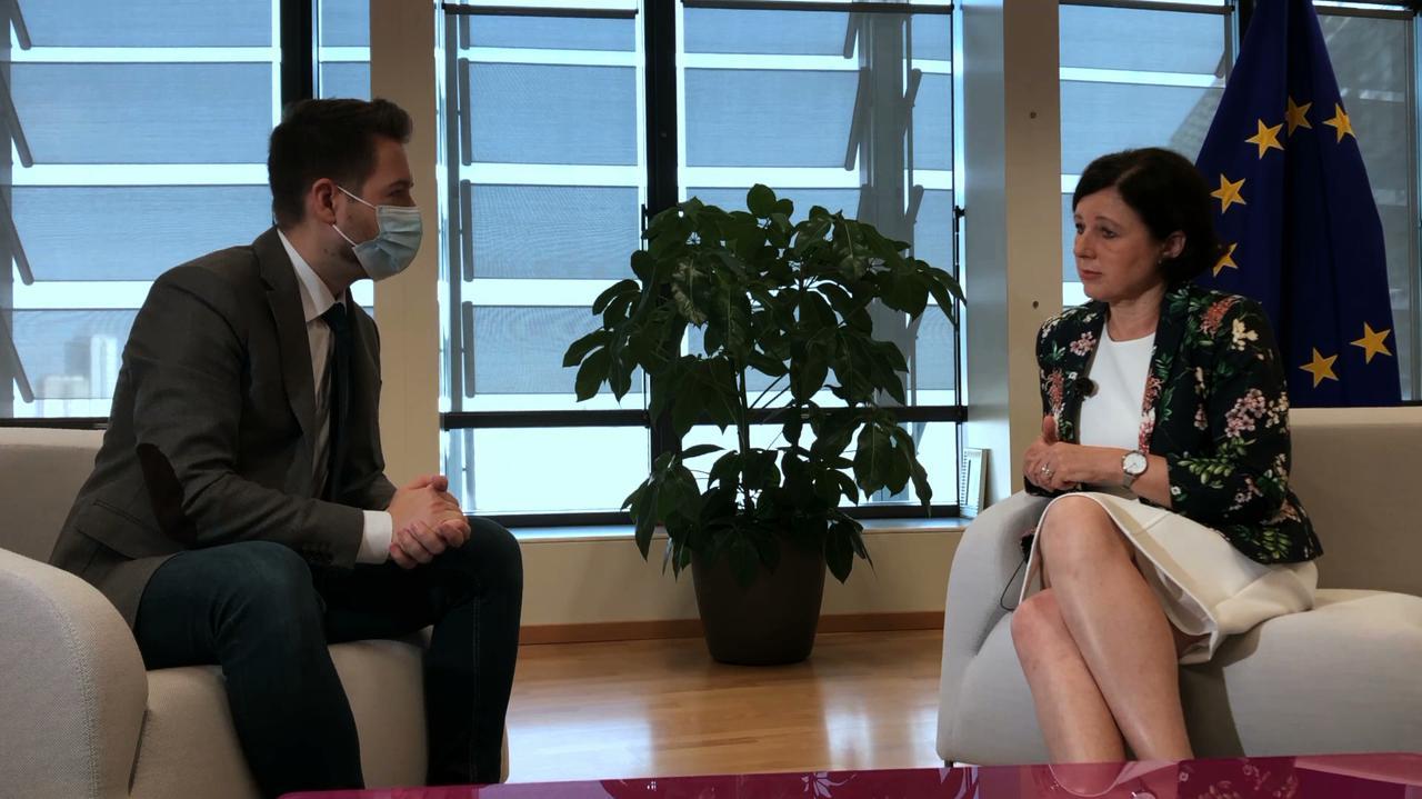 Jourova dla TVN24: problemy z praworządnością często idą w parze z problemami z pluralizmem mediów