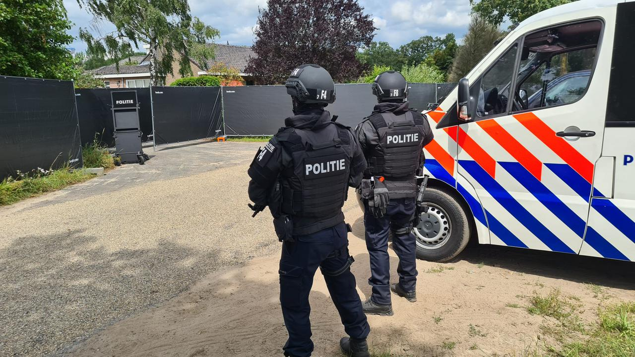 Holland.  Methamphetamine laboratory discovered by the police in Nederweert.  pole was arrested