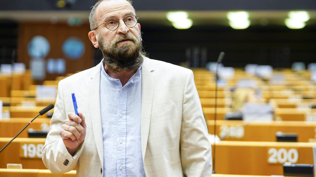 Seksparty w Brukseli. Jozsef Szajer - kim jest europoseł Fideszu?  - TVN24