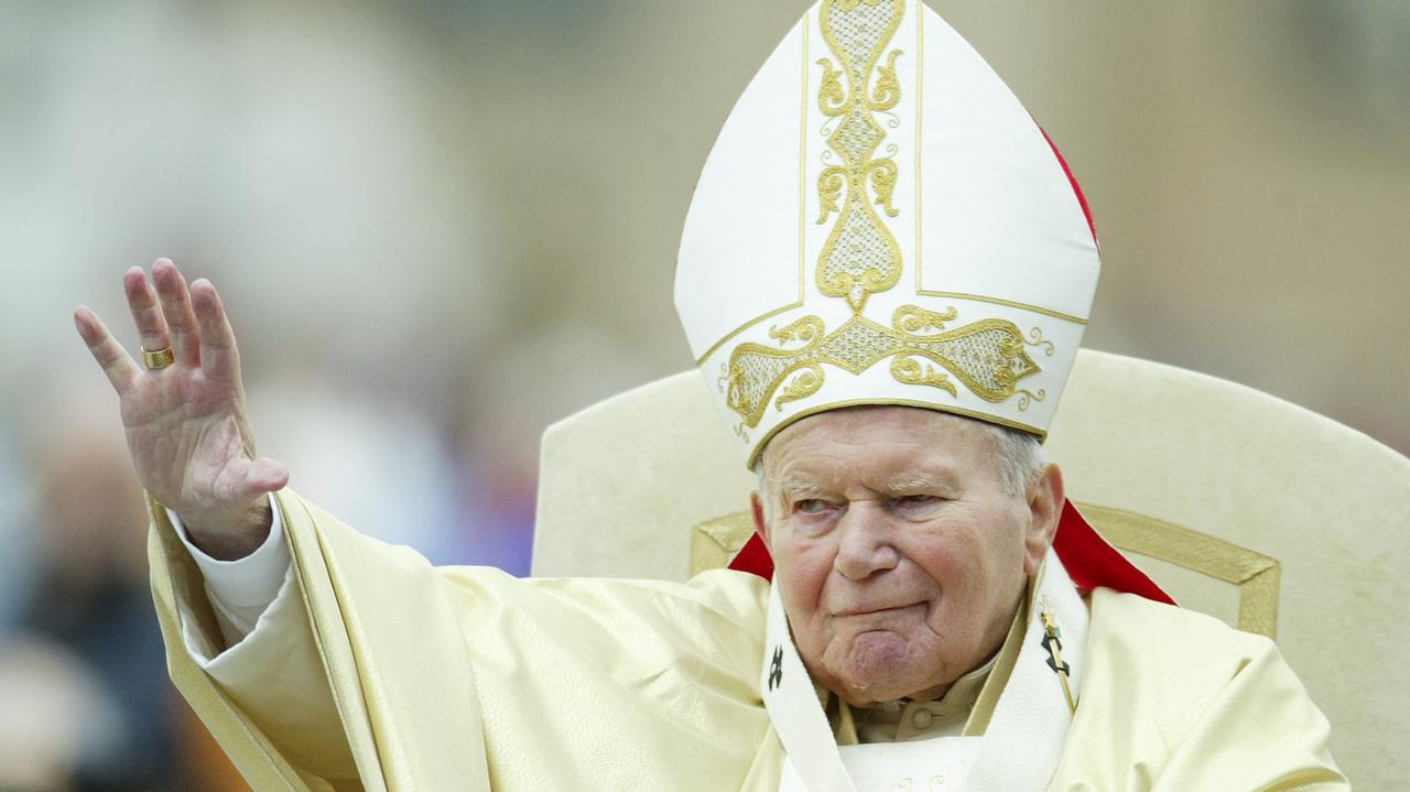 Jan Paweł II – rocznica śmierci. 2 kwietnia 2020 mija 15 lat od śmierci papieża - TVN24