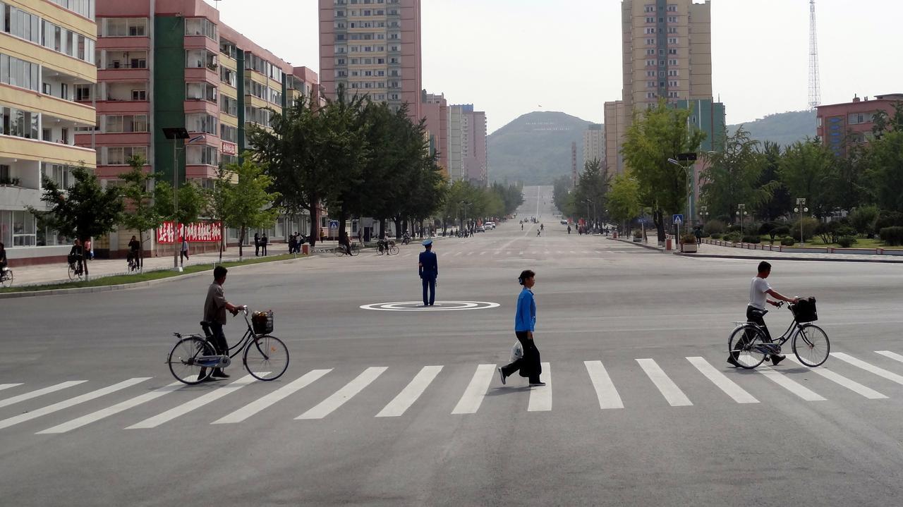 Przed rodakami Kim Dzong Una