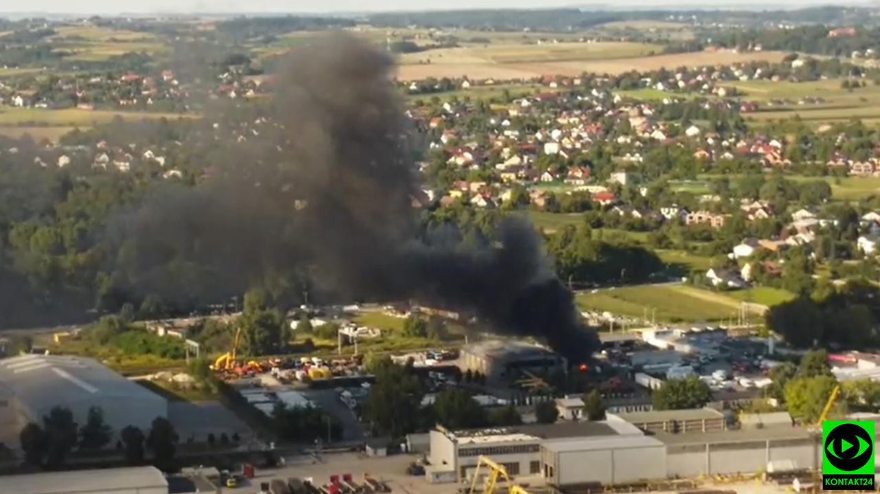 Pożar przy rozlewni gazu w Nowej Hucie. Spłonęła koparka