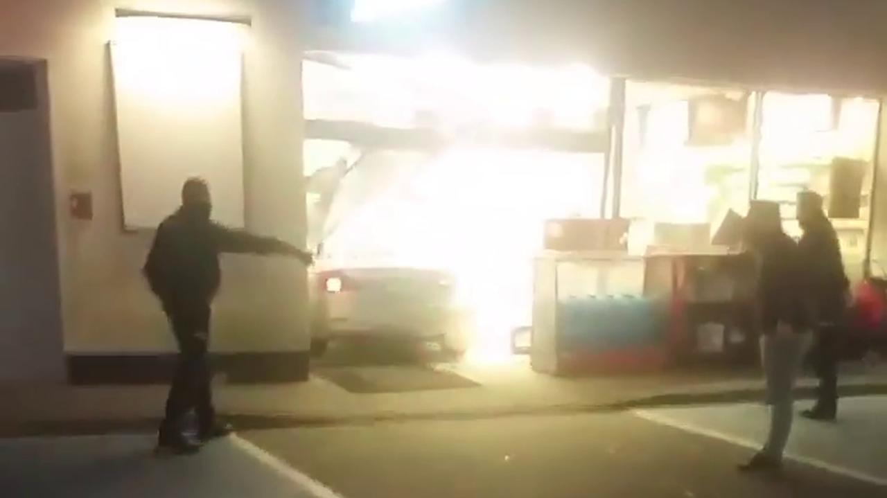 Zdemolowała stację benzynową, sądzona nie będzie. Zdaniem biegłych nie była poczytalna