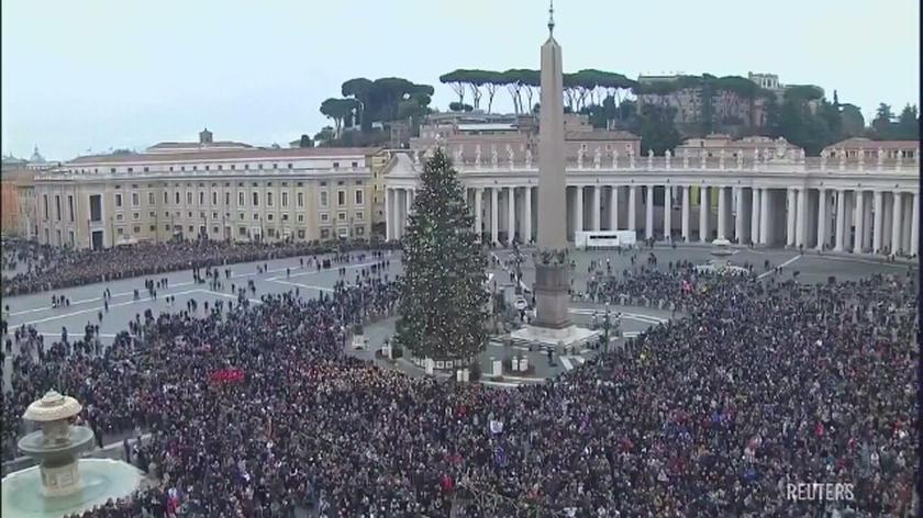Papież: dzisiaj jest dzień dziękczynienia za kończący się rok