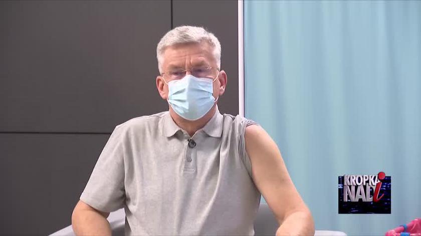 Były marszałek Senatu Stanisław Karczewski zaszczepił się przeciw COVID-19