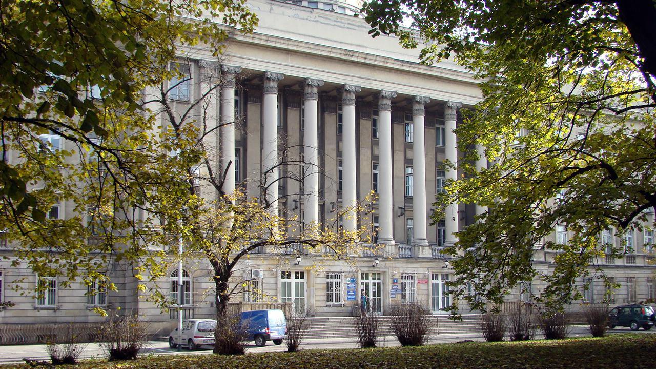 15 nowych przypadków zakażenia w Warszawie. Ognisko koronawirusa w szpitalu