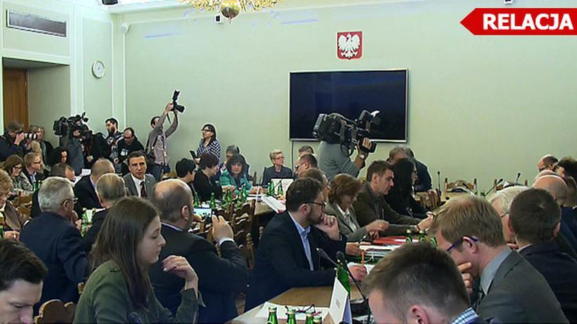Obrady komisji rozpoczęly się po godzinie 14