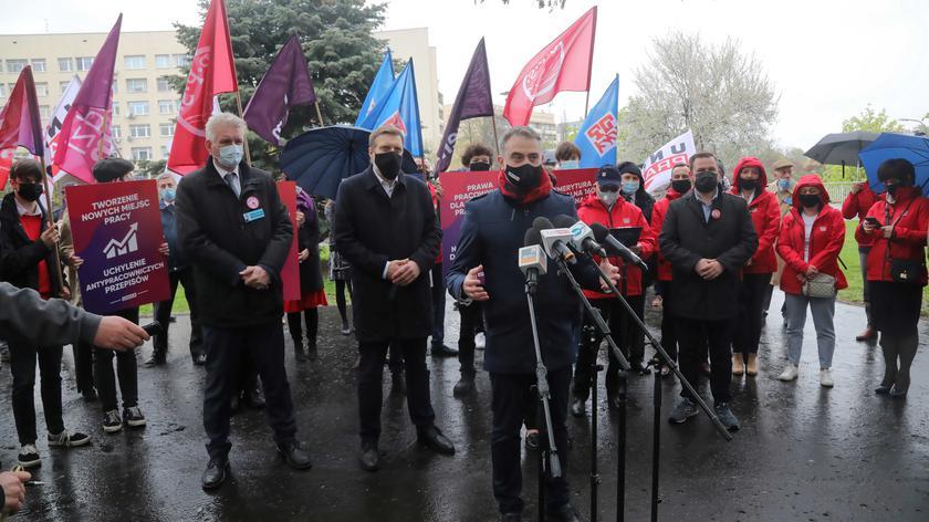 Gawkowski: jeżeli rząd nie wyśle do poniedziałku informacji o kształcie KPO, Lewica będzie się domagała odłożenia posiedzenia Sejmu