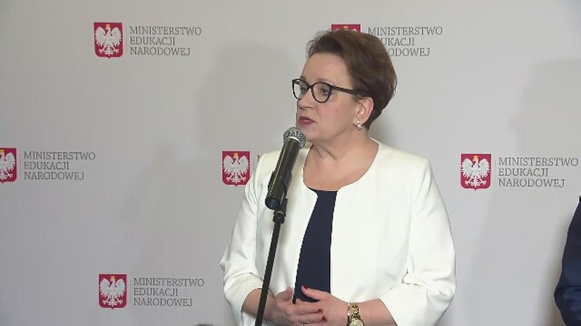 Minister Zalewska po spotkaniu ze związkowcami