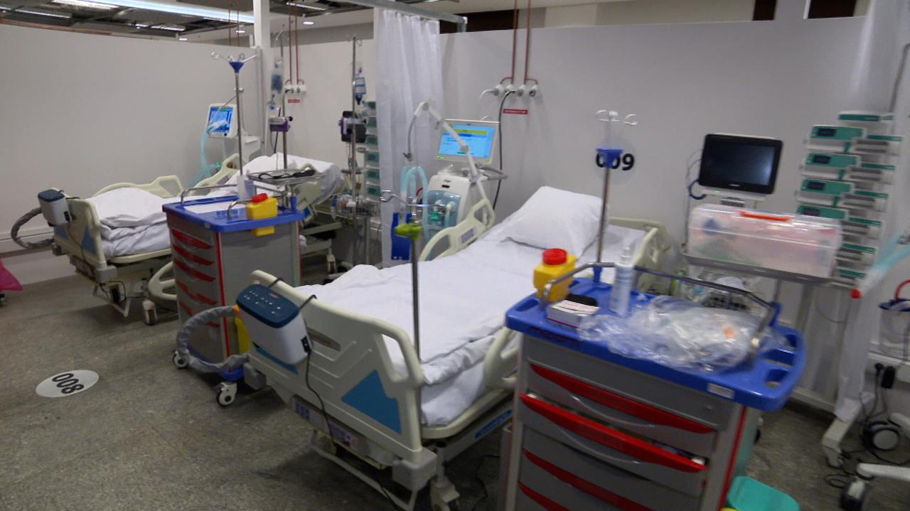 Zmiany w zasadach przyjmowania do szpitali tymczasowych. Narodowy może przyjąć więcej pacjentów