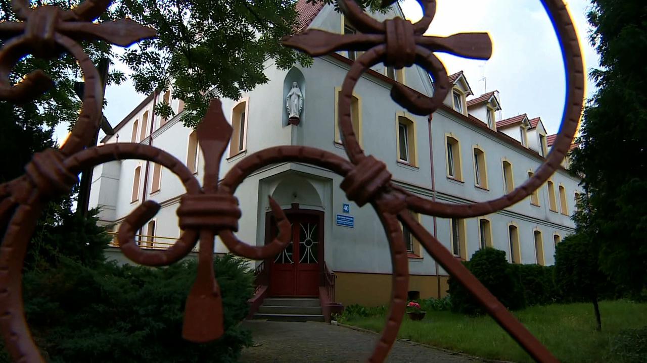 Ognisko koronawirusa w Domu Pomocy Społecznej. Ponad 50 osób zakażonych, 90 w kwarantannie