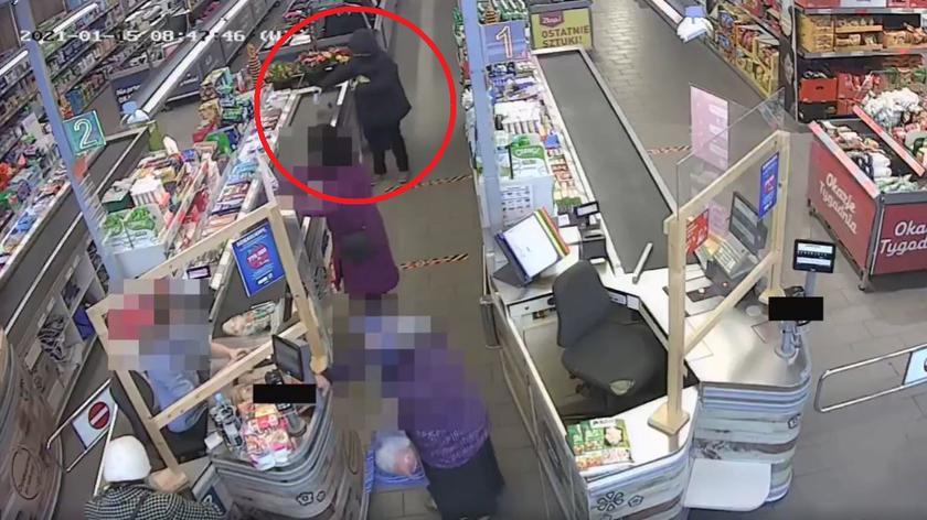 Policja z Kalisza publikuje sylwetkę kobiety, która może mieć związek z kradzieżą kluczyków do auta
