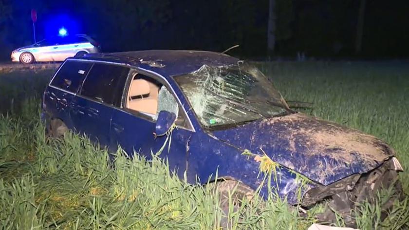 Nepomucenów: W wypadku zginął kierowca. Przygniotło go auto