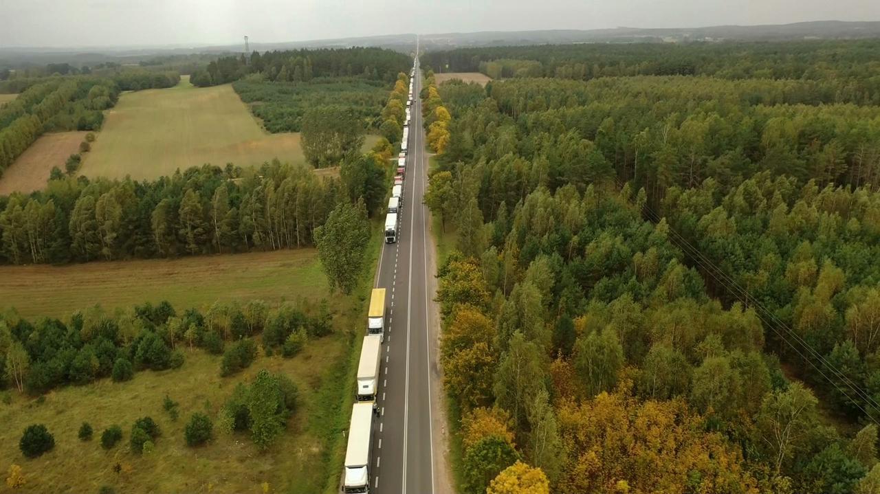 Nawet 40 godzin czekania na granicy z Białorusią