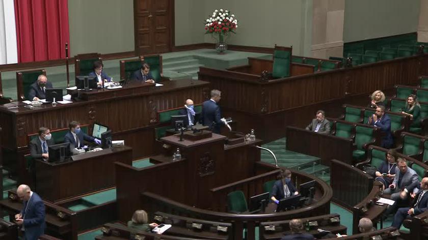 Sejm odrzuca propozycję Senatu o wydłużeniu bezpłatnego dostępu do leków dla kobiet na okres połogu