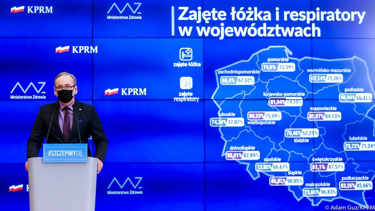 Koronawirus w Polsce. Obostrzenia – decyzja rządu. Konferencja prasowa Adama Niedzielskiego [7 kwietnia] - TVN24