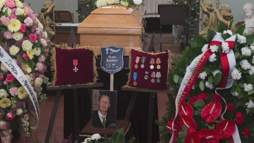 Macierewicz podjął decyzję o sfinansowaniu pomnika i grobu majora Zakirowa