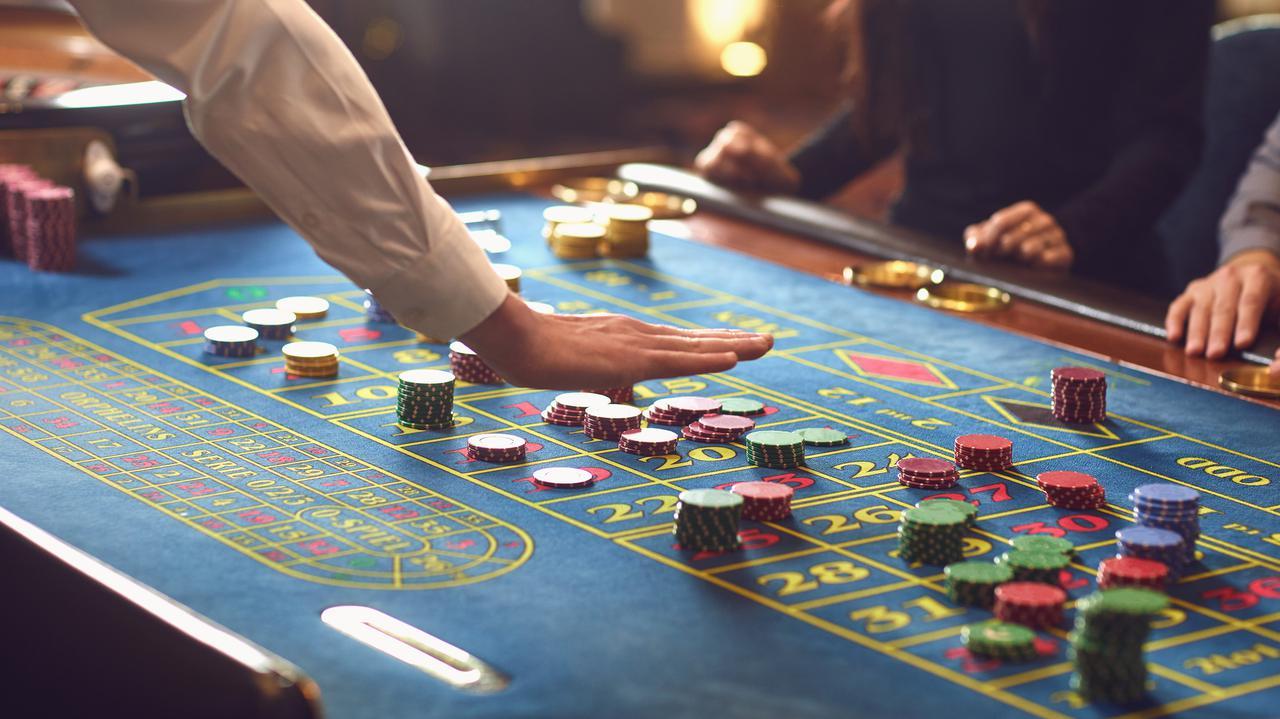 Od dziś zmiany w obostrzeniach. Dotyczą kwarantanny i kasyn