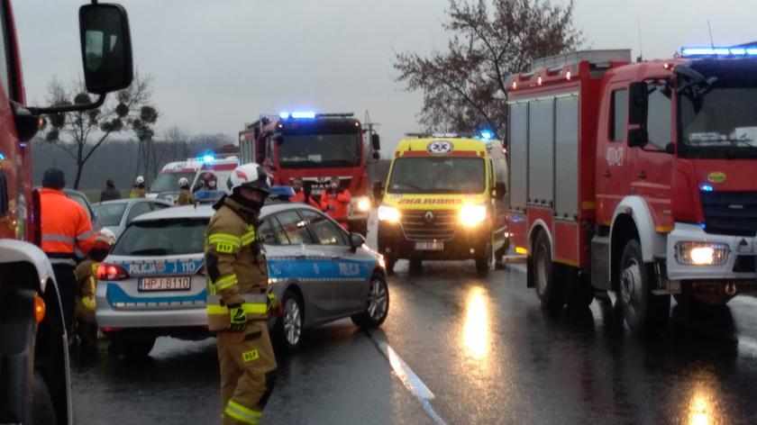 W wypadku zginął czterolatek. Policja szuka świadków i kierowcy białego busa