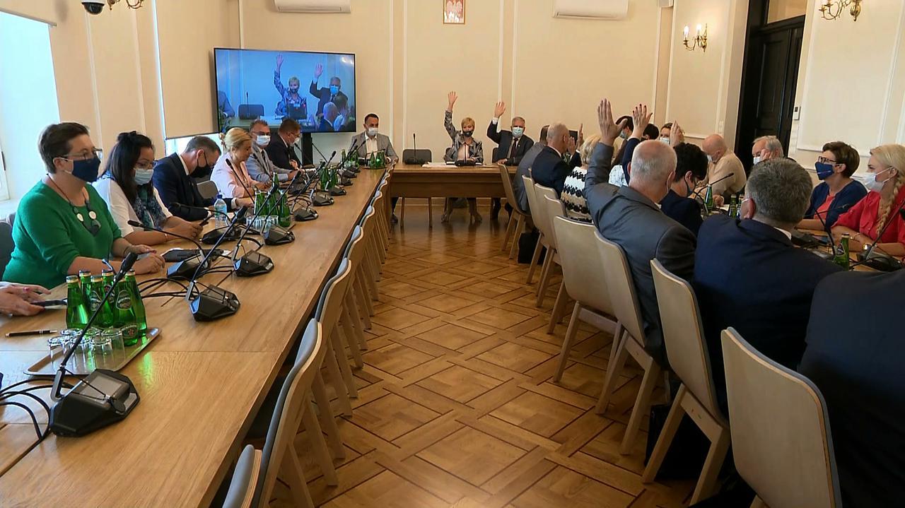 Komisja sejmowa o odwołaniu Czarnka bez Czarnka.