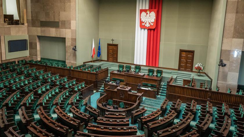Sondaż partyjny Kantar dla Faktów TVN i TVN24