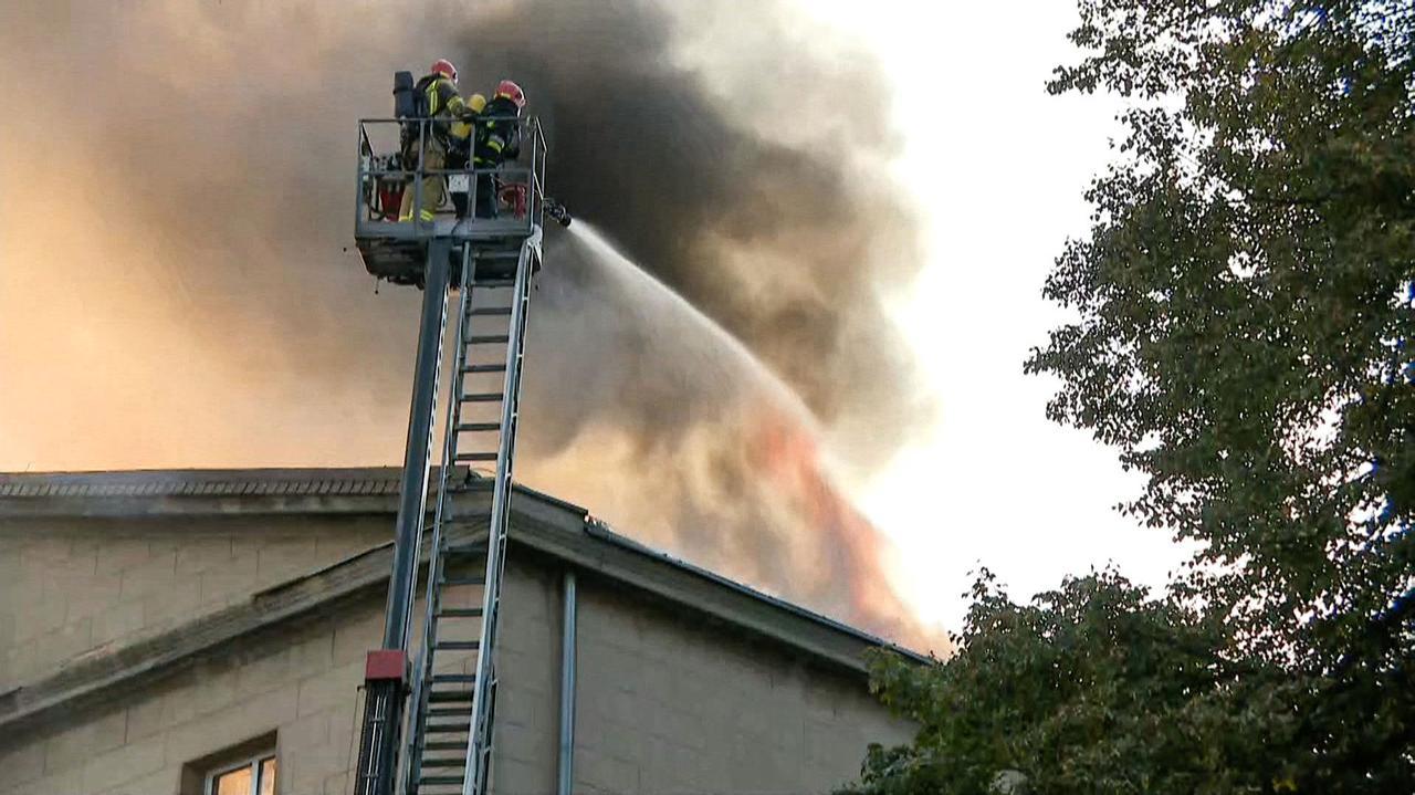 Ogień zniszczył zabytkową szkołę.