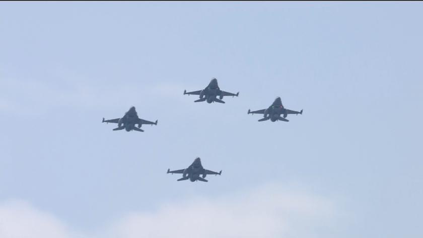 Polskie F-16 nad Kijowem