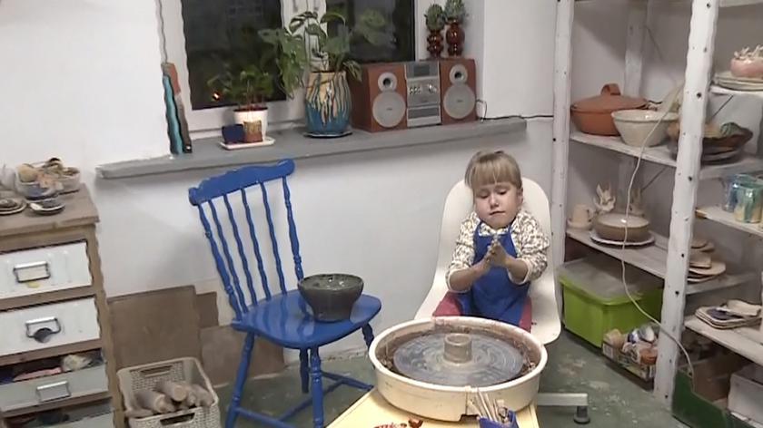 Mała Jagienka przekazała na licytację własnoręcznie zrobionego jednorożca z gliny