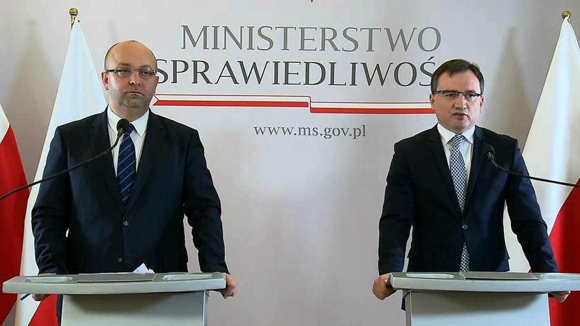 """Łukasz Piebiak miał stać za publicznymi pomówieniami sędziów (Materiał """"Faktów"""" TVN, 20.08.19)"""
